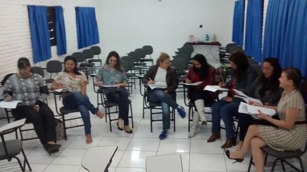 Grupo de Estudo (1)