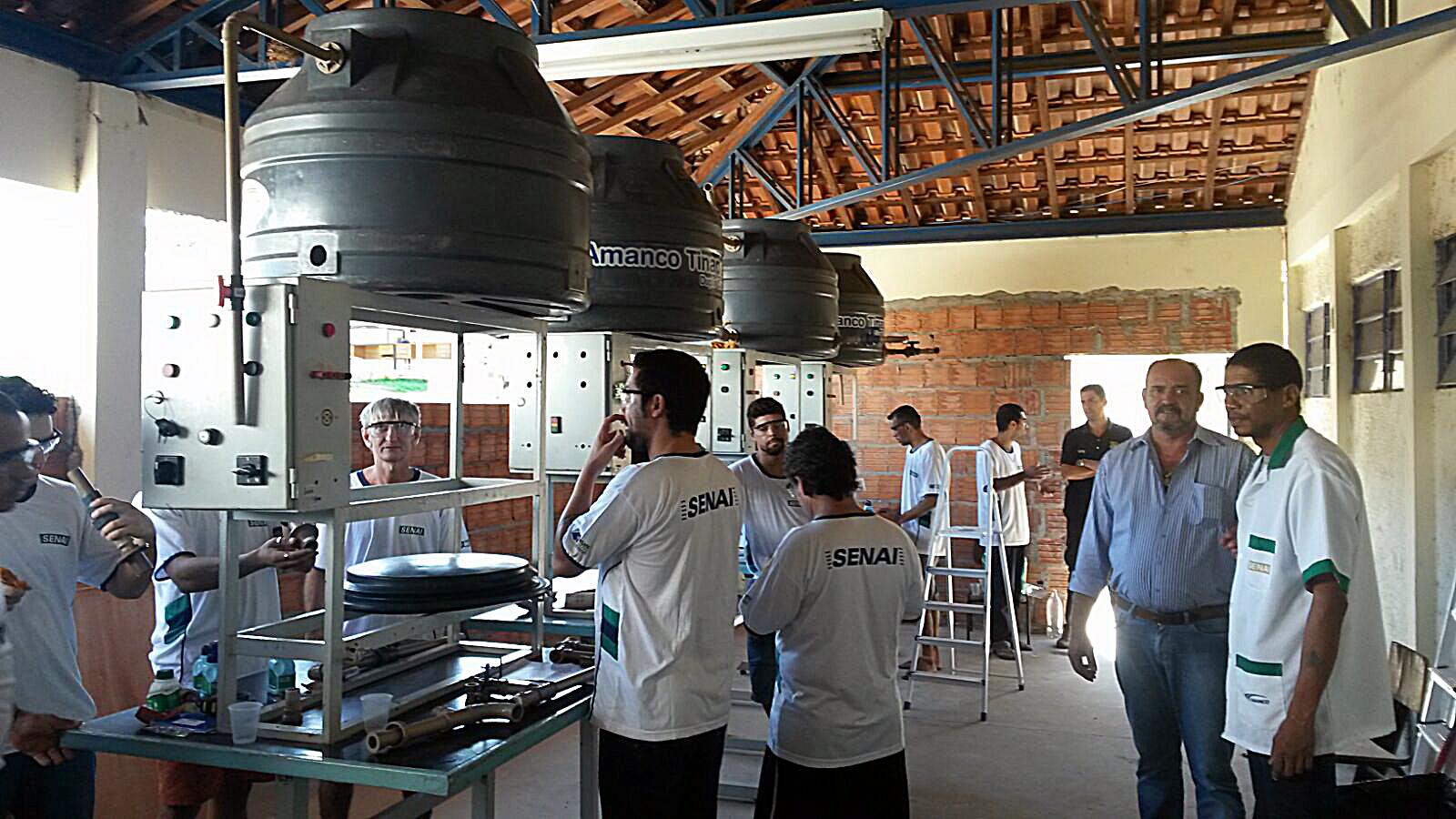 detentos aprendem profissão d eencanador em Coxim1