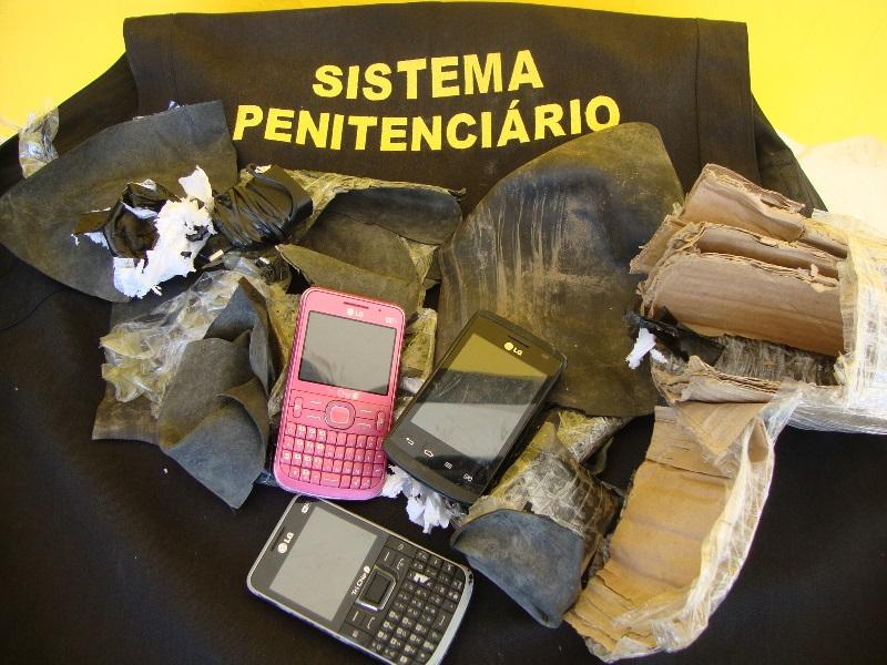 celulares-apreendidos-na-linha-de-tiro-data-18-11-2016